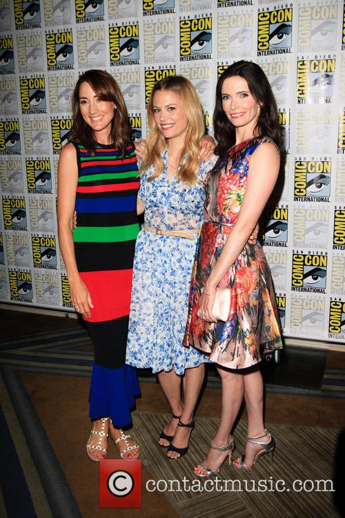 Bree Turner, Claire Coffee and Bitsie Tulloch 5
