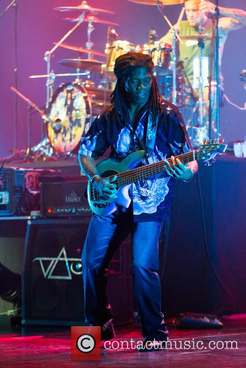 Steve Vai and Philip Bynoe 10