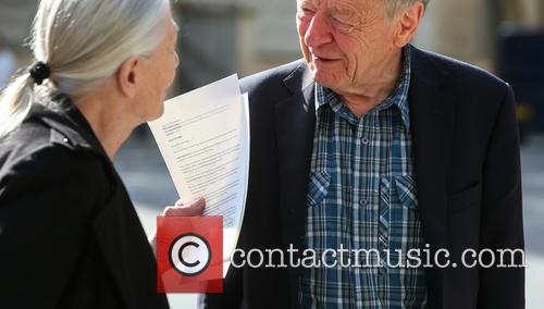 Vanessa Redgrave, Lord Alfred Dubs and Letter 5