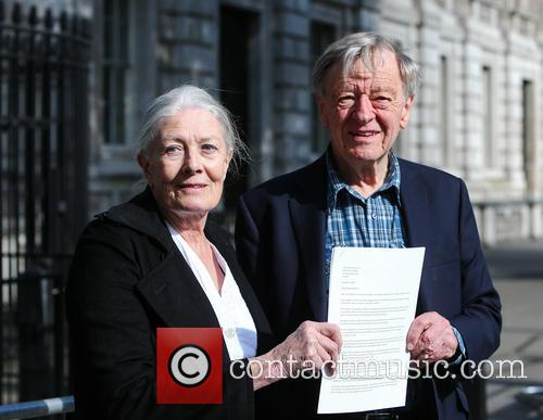Vanessa Redgrave and Lord Alfred Dubs 10