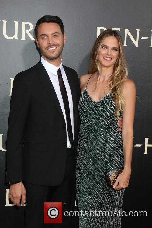 Jack Huston and Shannan Click 5