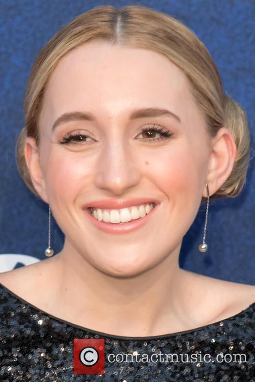 Harley Quinn Smith 5