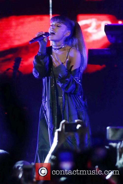 Ariana Grande Cancels Vegas Nye Gig