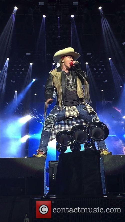 Guns N' Roses Return To Rock Chart For First Time In A Decade