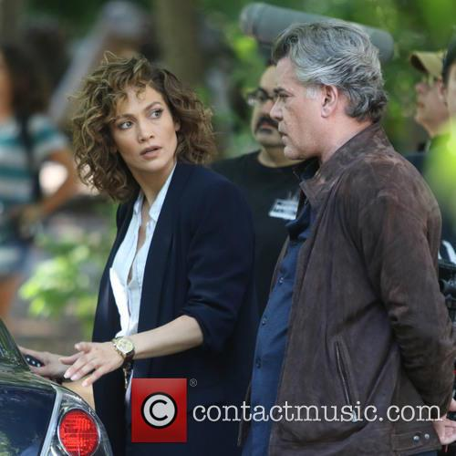 Jennifer Lopez and Ray Liotta 10