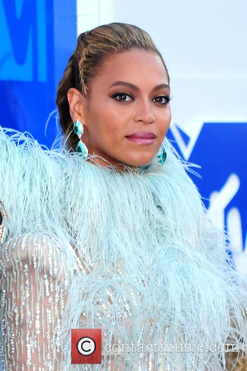 Beyonce at the 2016 MTV VMAs