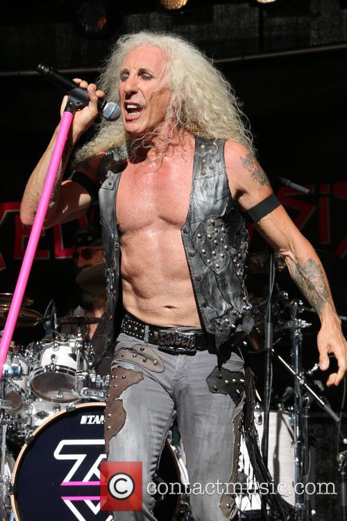 twisted sister dee snider 39 s video crew 39 shot with rubber. Black Bedroom Furniture Sets. Home Design Ideas