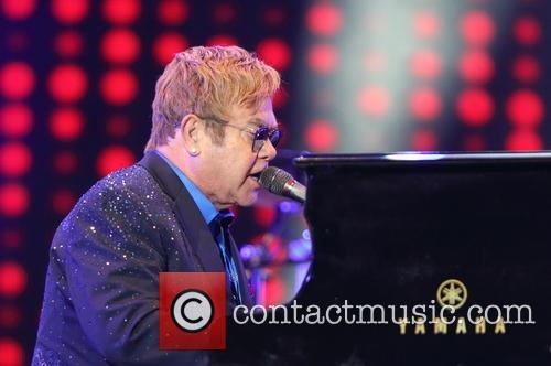 Elton John 4