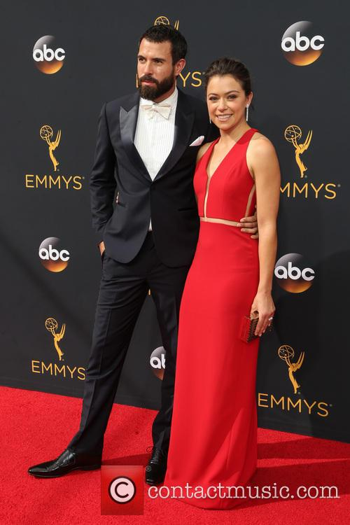 Tom Cullen and Tatiana Maslany 2