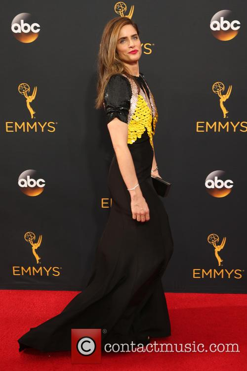 Amanda Peet 1