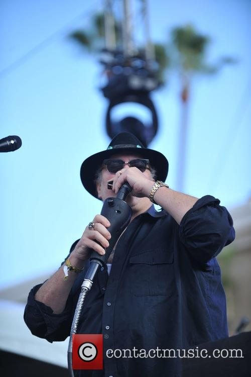 Blues Traveler and John Popper 8