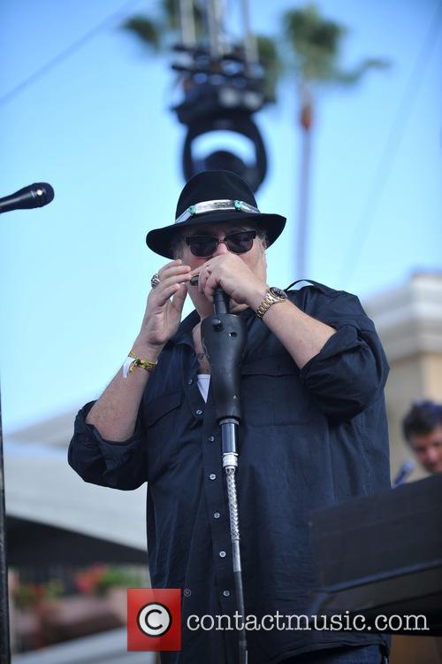 Blues Traveler and John Popper 10