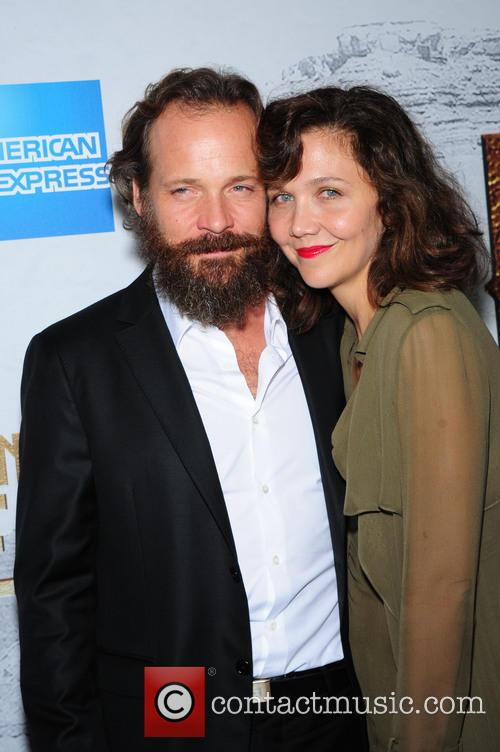 Peter Sarsgaard and Maggie Gyllenhaal 4