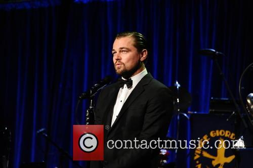 Leonardo Dicaprio Talks Climate Change With President Barack Obama At South By South Lawn