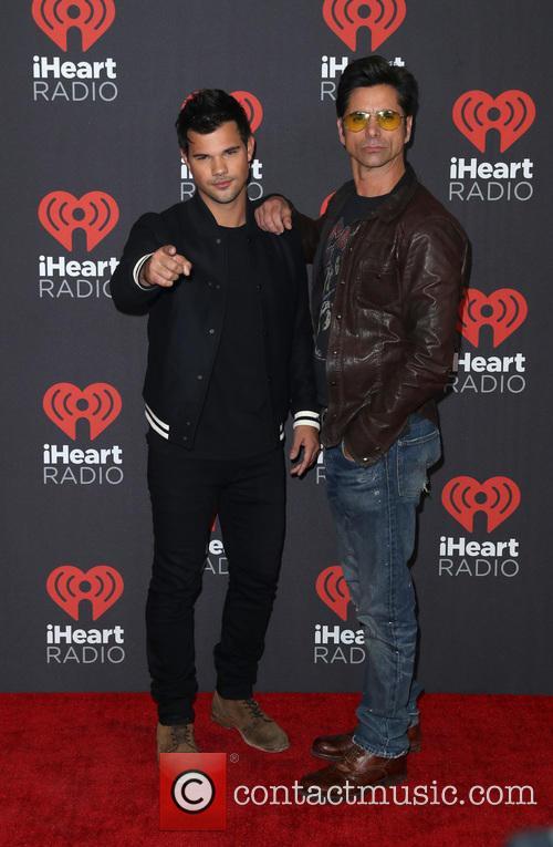 Taylor Lautner and John Stamos 1