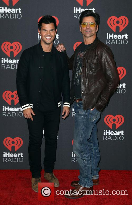 Taylor Lautner and John Stamos 3