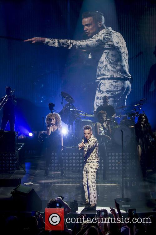 Robbie Williams and Roundhouse 10