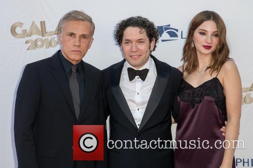 Christoph Waltz, Gustavo Dudamel and Maria Valverde 5