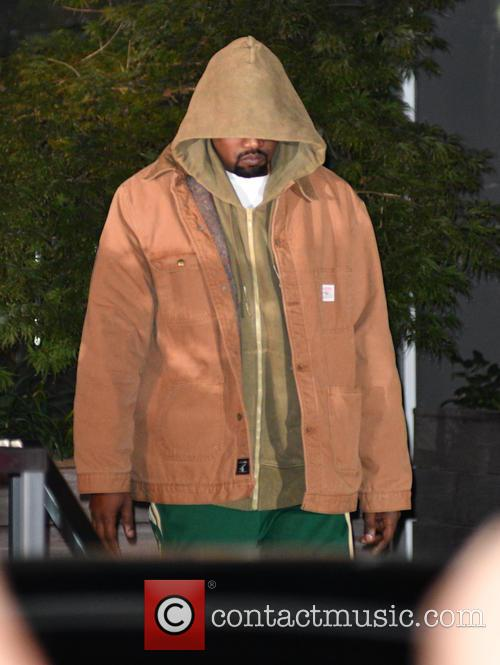 Kanye West Will Debut Yeezy Season 5 At Nyfw