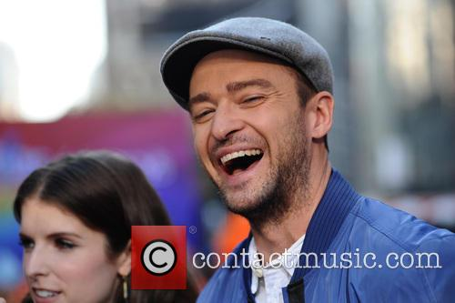 Anna Kendrick and Justin Timberlake 8