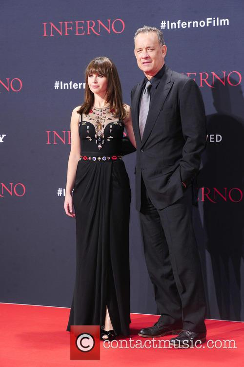 Felicity Jones and Tom Hanks 8