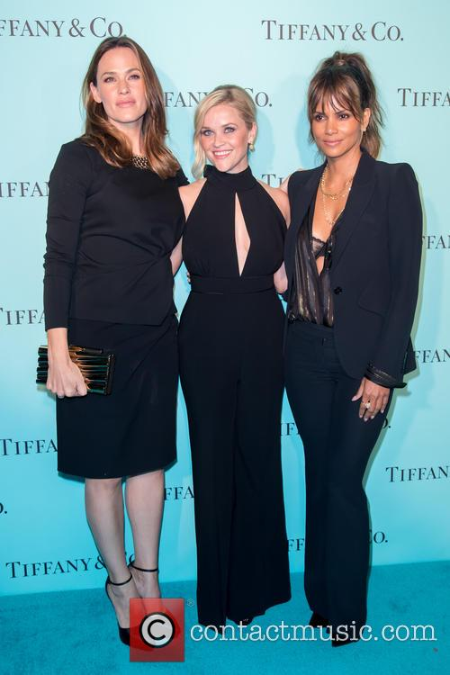 Jennifer Garner, Reese Witherspoon and Halle Berry 11