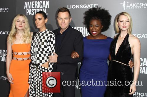 Dakota Fanning, Jennifer Connelly, Ewan Mcgregor, Uzo Aduba and Valorie Curry 10