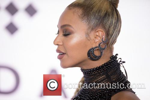 Beyonce and Beyoncé 5