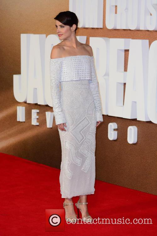 Cobie Smulders 6