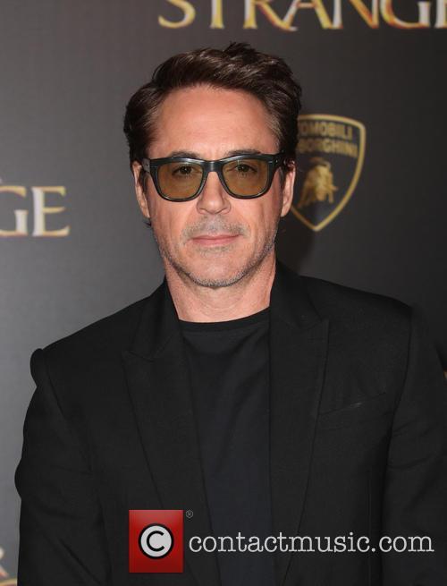 Robert Downey Jr. 8