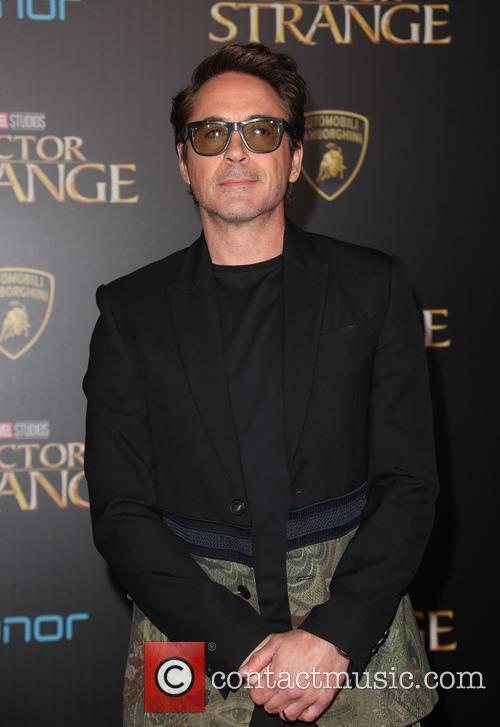 Robert Downey Jr. 10