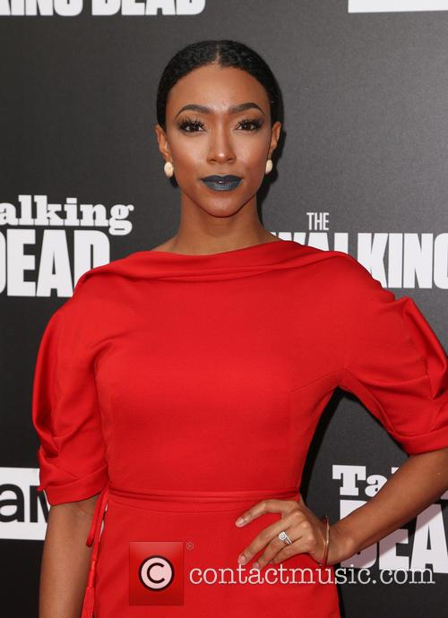 Former 'Walking Dead' star Sonequa Martin-Green leads 'Discovery'