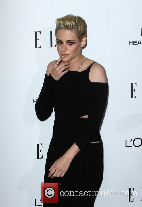 Kristen Stewart To Make Her Debut As A 'Saturday Night Live' Host