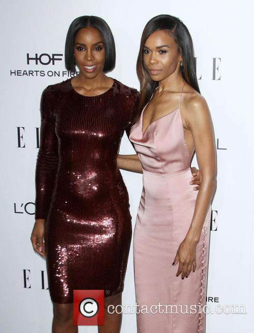 Kelly Rowland and Michelle Williams 10