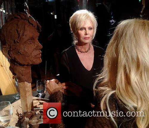 Joanna Lumley and Sculpted Live By Frances Segelman 1