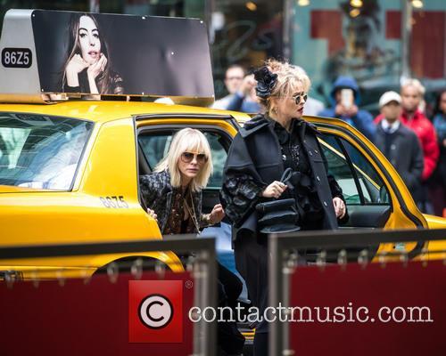 Cate Blanchett and Helena Bonham Carter 6