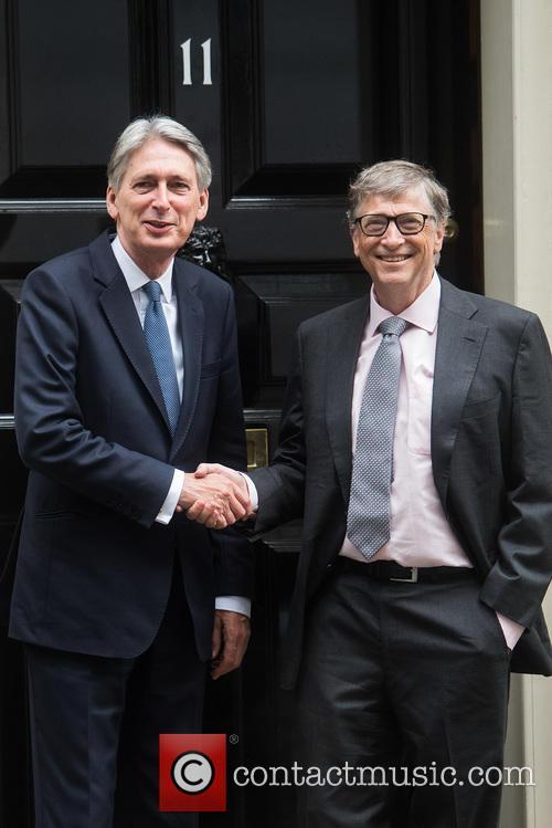 Bill Gates and Philip Hammond 2