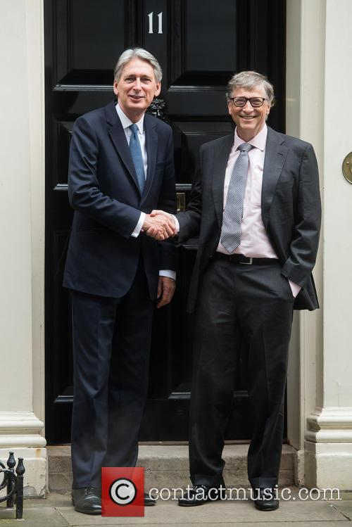 Bill Gates and Philip Hammond 3
