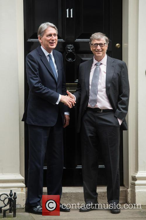 Bill Gates and Philip Hammond 4