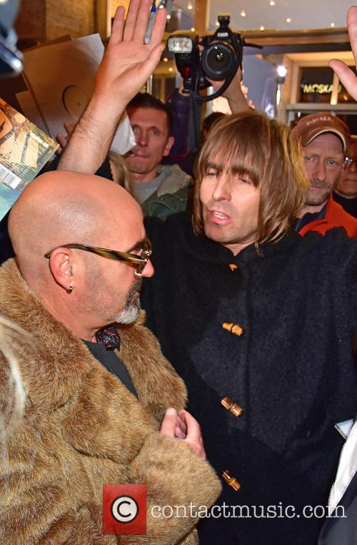Paul Bonehead Arthurs and Liam Gallagher 3