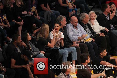 Kendall Jenner and Karlie Kloss 5