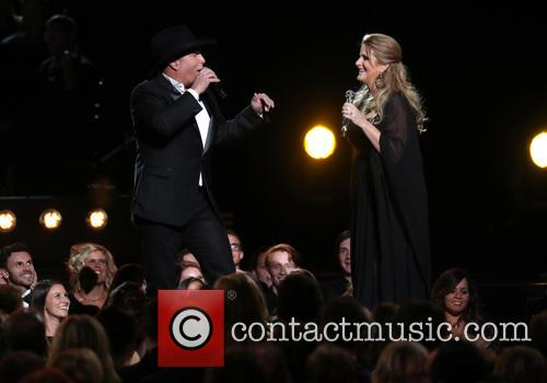 Garth Brooks and Trisha Yearwood 3