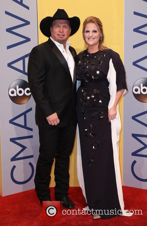 Garth Brooks Christmas Album.Garth Brooks Garth Brooks And Wife Trisha Yearwood Join White