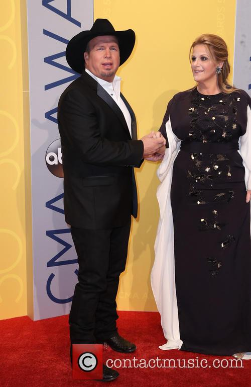 Garth Brooks and Trisha Yearwood 6