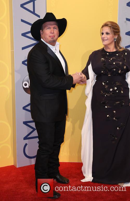 Garth Brooks and Trisha Yearwood 7