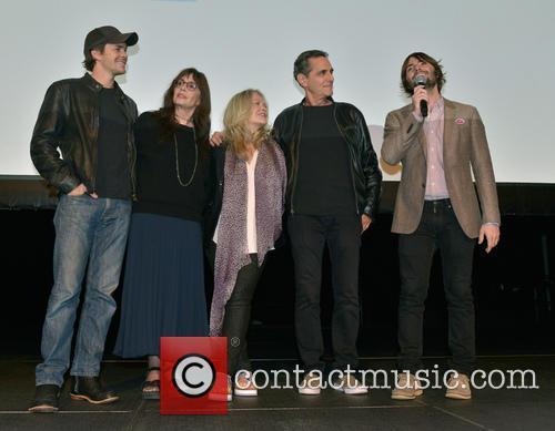 Johnny Simmons, Talia Shire, Beverly D'angelo, Robin Thomas and Robert Schwartzman 7