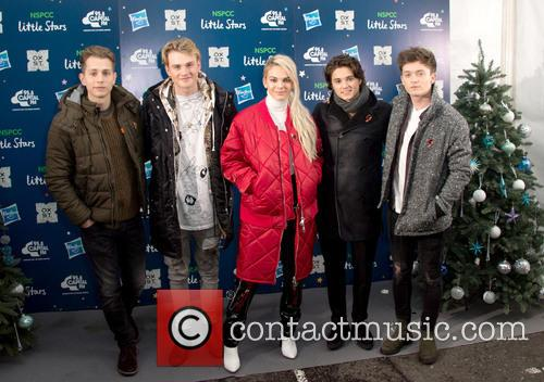 The Vamps and Louisa Johnson 3
