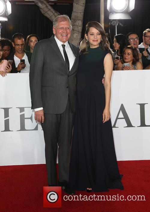 Robert Zemeckis and Marion Cotillard 5