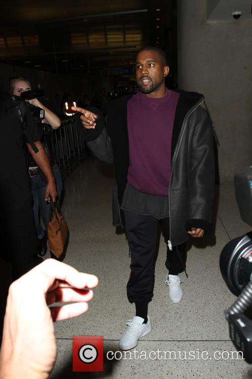 Kanye West snapped at LAX in 2016