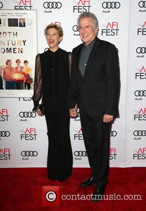 Annette Bening and Warren Beatty 4